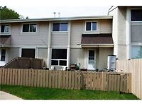Devon Town house for rent: Athabasca Acres