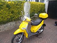 Piaggio Liberty 125 yellow