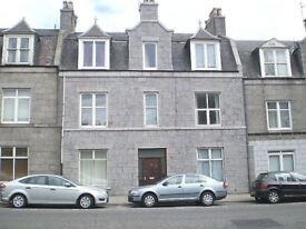 Ground Floor Flat to lease - 92 Great Northern Road