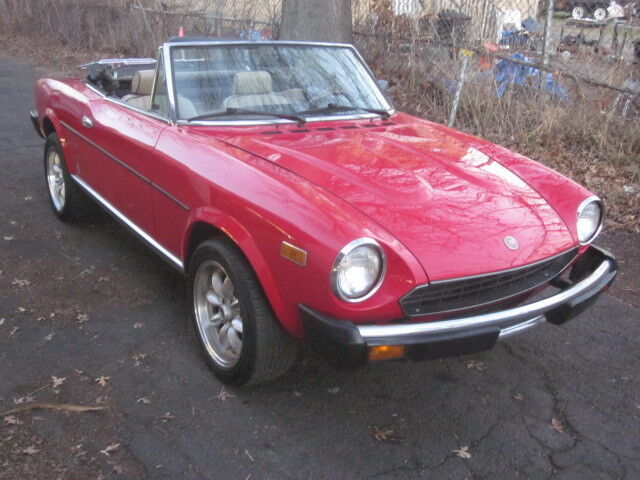 1979 Fiat 124 Spider  1979 Fiat 124 Spider classic import sports car