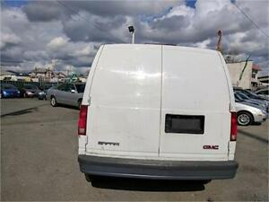 2004 GMC Safari Cargo Van
