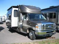 WOW!!! Concord B+ 30' Motorhome with 3 Slides, Full Paint!!!