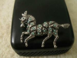 UNUSUAL LITTLE VINTAGE PRANCING ZEBRA PIN from the 60s