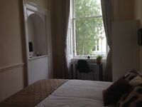 Single Room with En-suite on Bank Street, Glasgow West End