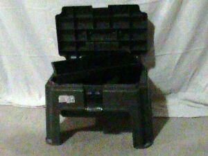 Stepping stool toolbox with pullout tray
