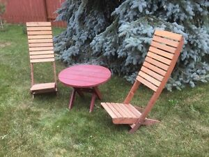 Wood Deck Chairs & Table - Beach Style