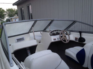 Bayliner 175 open deck aubaine