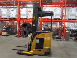 Yale Forklift 4000 lb lift capacity