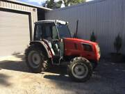 Massey Ferguson 2210 4WD tractor 53 Horse power Nar Nar Goon North Cardinia Area Preview