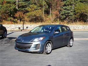 2012 MAZDA 3 GX HATCHABACK...LOADED! FINANCING AVAILABLE!!