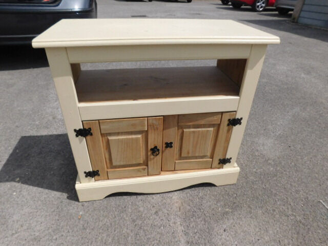 Cream Painted Pine Tv Cabinet Mexican Pine Corona Style