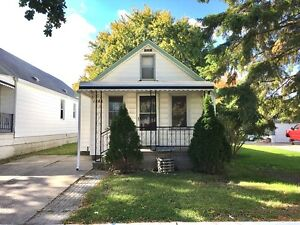1527 FORD, WINDSOR ONTARIO