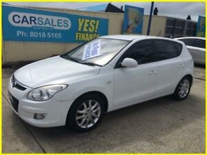 2009 Hyundai i30 FD MY09 SLX 1.6 CRDi White 4 Speed Automatic Hatchback
