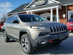 2016 Jeep Cherokee Trailhawk 4x4, Heated/Vented Seats, NAV, Back