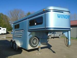 Horse trailers buy or sell other trailers in ontario kijiji 1998 crown trailer 2 horse gooseneck sale save 800 sciox Image collections