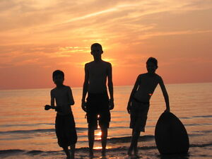 SAUBLE BEACH - 2/3/4 Bdm Cottages - 2 Minute Walk to Beach
