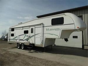 2003 Titanium 5th wheel RV with bunks. HUGE 1 DAY SALE!