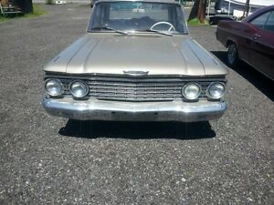 1962 Ford Fairlane 500 2 Door