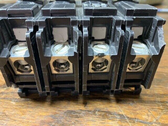 EQ9685 SIEMENS 2 POLE 200 AMP MAIN BREAKER MBK200 (CHIPPED)