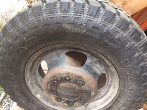 SOLD Six 3500 Ram dually tires on rims