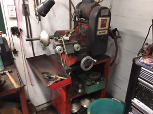 Hunter 205 Rotor and Drum Lathe