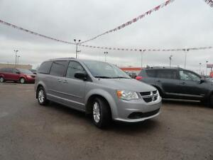 2015 Dodge  Caravan SXT-ONE OWNER-CLEAN CARPROOF-REMOTE STARTER