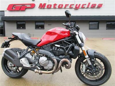 2018 Ducati Monster 821  2018 Ducati Monster 821