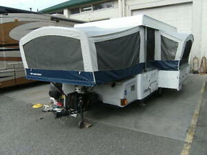 2008 FLEETWOOD WILLIAMSBURG TENT TRAILER---SLIDE
