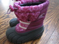 Baby girl sorel winter snow boots - size 9