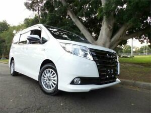 2016 Toyota Noah Hybrid Synergy Drive 2016 7 seater Hybrid White Automatic Wagon West Ryde Ryde Area Preview