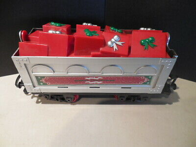 GIFT CAR from the NORTH POLE JUNCTION CHRISTMAS TRAIN SET