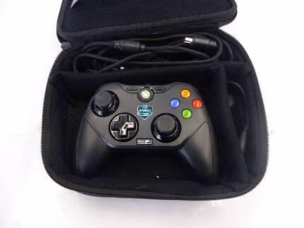 MAJOR LEAGUE GAMING XBOX 360/PC CONTROLLER - IN CASE - CHEAP!