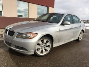 2006 BMW 3 Series 330xi AWD LOADED only $9995 call 380-2229