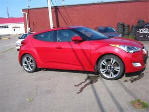 2013 Hyundai Veloster w/Tech,auto,back up camera hands free