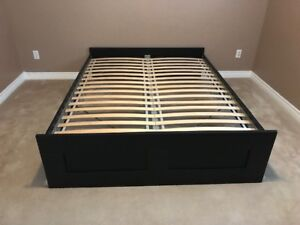 Queen bed frame and mattress for sale - Great Condition