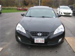 2011 Hyundai Genesis Coupe Premium WAS $12999 NOW $8999!!!!