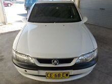 1997 Holden Vectra JR GL White 4 Speed Automatic Hatchback Edgeworth Lake Macquarie Area Preview