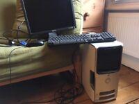 Desktop computer Dell in working order