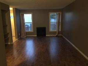 3 Bedroom End Unit - Perfect Family Home!
