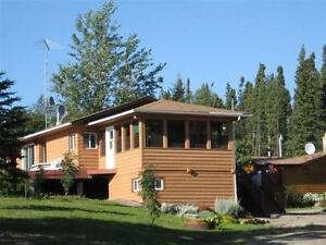 Lakeside home @ Setting Lake, Manitoba for sale