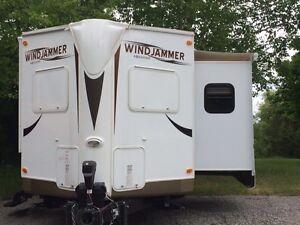 2012 Rockwood Windjammer 26ft trailer