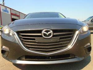 2014 Mazda Mazda3 Sport SKYACTIVE TECHNOLOGY--6 SPEED---ONLY 74K