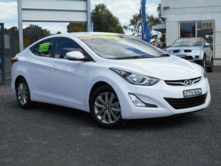 2014 Hyundai Elantra MD Series 2 (MD3) Trophy White 6 Speed Automatic Sedan Tuggerah Wyong Area Preview