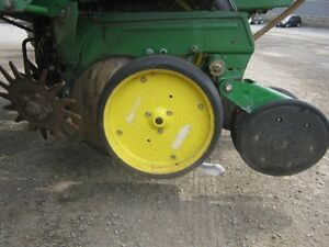 John Deere 7000 Planter Cambridge Kitchener Area image 12