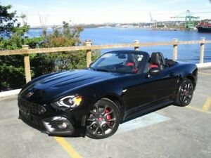 2017 FIAT 500 Abarth 124 Spider (HEATED LEATHER, NAVIGATION, REV
