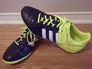 ADIDAS - Indoor Soccer Shoes for Sale - Men's/Boy's size 8.5