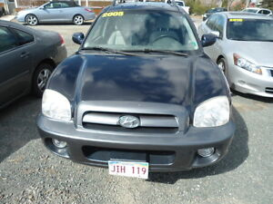 2005 Hyundai Santa Fe Gray cloth SUV, Crossover