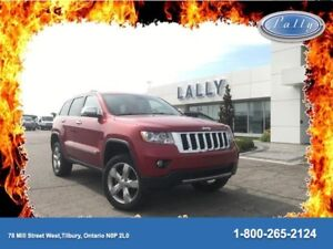 2011 Jeep Grand Cherokee Overland, Moonroof, Nav, 20's, Leather!