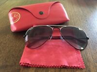 Ray-Ban Aviator sunglasses (white and red trim)