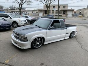 2000 Chevrolet S-10  WITH AIR RIDE???